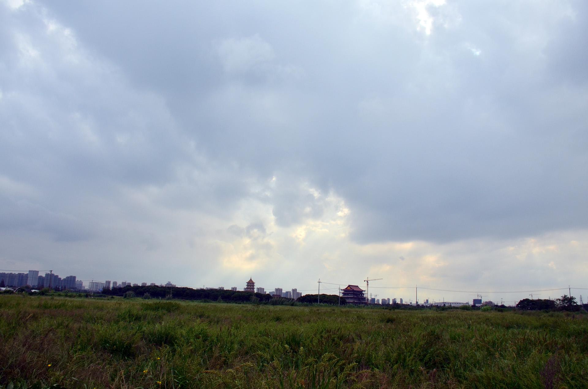 远景多角度太仓海天禅寺红庙的宏伟和江南缥缈正在建设的后殿 这里是太仓 摄影 第12张