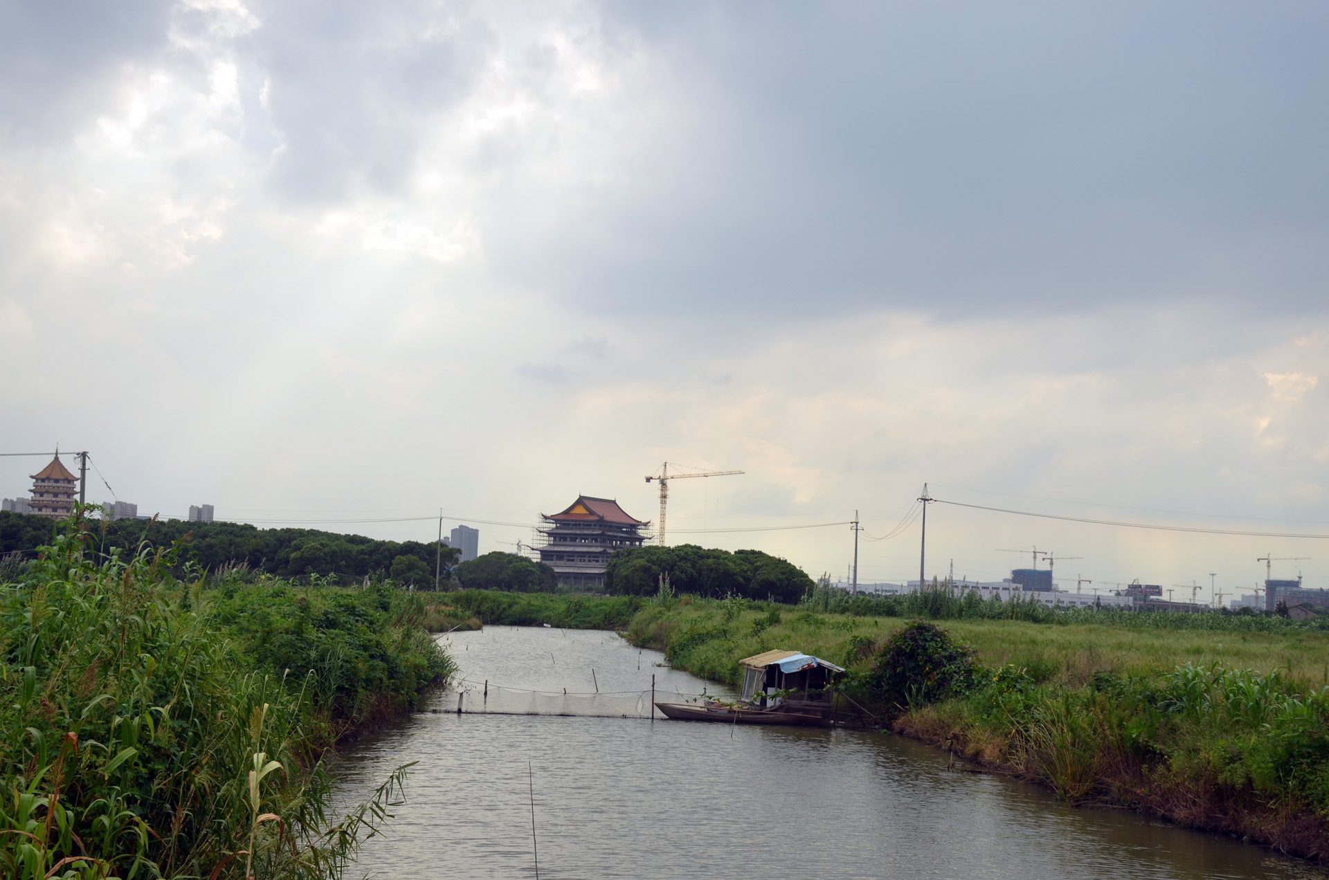 远景多角度太仓海天禅寺红庙的宏伟和江南缥缈正在建设的后殿 这里是太仓 摄影 第14张
